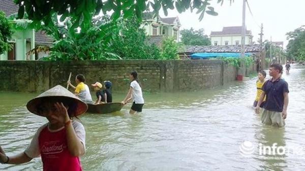 Nghệ An: Nước lũ cô lập gần 60 hộ dân, hàng trăm ngôi nhà hư hỏng