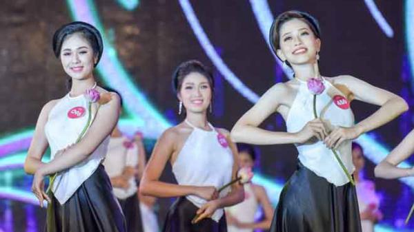 38 cô gái tranh tài ở chung khảo Hoa hậu Việt Nam miền Bắc tại Nghệ An