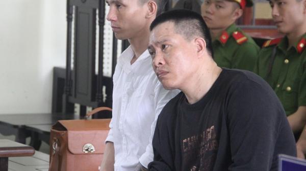 Phút nghẹn ngào của ông trùm ma túy trước những câu hỏi của con gái tại tòa