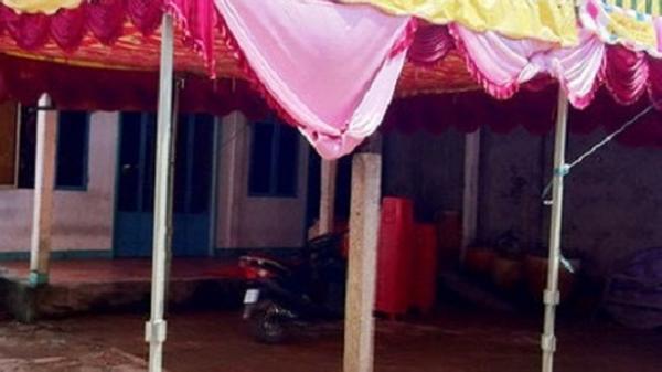 Nghệ An: Đi xem đám cưới, bé trai bị điện rò giật tử vong