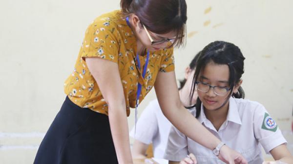 NÓNG: Chính phủ đồng ý miễn học phí cấp THCS