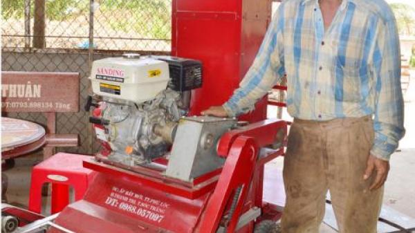 Sóc Trăng: Nông dân Khmer học chế tạo thành công máy nông nghiệp