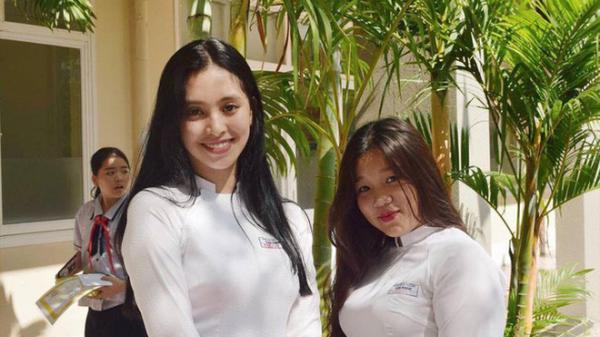 """Mẹ là chủ spa có tiếng nhưng Tân Hoa hậu Việt Nam lại chỉ học ở một trường cấp 3 """"bình dân"""" tại TP.HCM"""