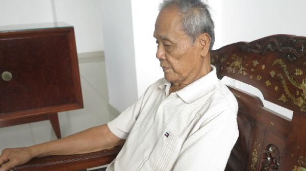 Cụ ông 93 tuổi ở Sài Gòn xin từ con gái vì liên tục bị đòi trả nợ thay