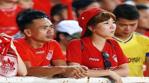 58 năm rồi, người hâm mộ bóng đá Việt Nam còn phải chờ bao lâu nữa?
