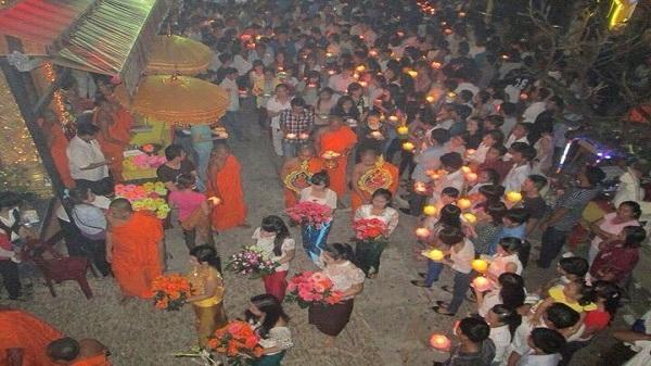 Về Trà Vinh dự lễ hội độc đáo Ok Om Bok của đồng bào Khmer