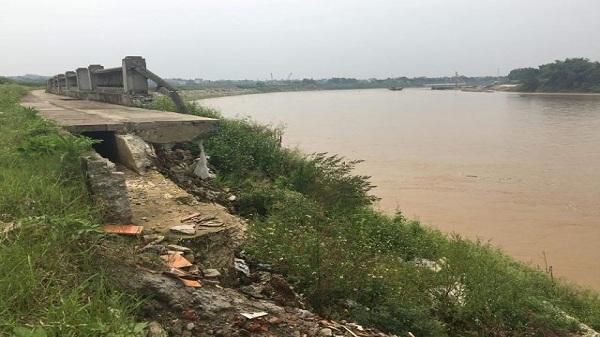 Tuyên Quang: Bờ kè sông Lô sạt lở nghiêm trọng, ai là người chịu trách nhiệm?