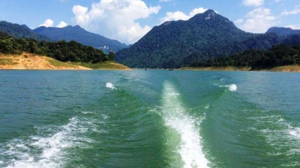 """Tuyên Quang: Chạm tay vào Cọc Vài """"ước gì được nấy"""" hút khách du lịch trong dịp nghỉ lễ này"""