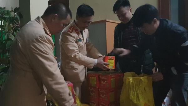 Bắt quả tang đối tượng quê Thái Nguyên vận chuyển 147 kg pháo nổ