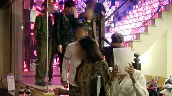 Quảng Ninh: Hot girl xinh đẹp đắm sa.y trong tiệc m.a t.úy cùng 9 nam thanh niên để mừng sinh nhật
