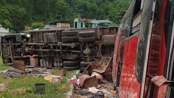 TNGT 3 người ch.ết, 37 người bị th.ương: Bí ẩn xe tải chở sắt vụn