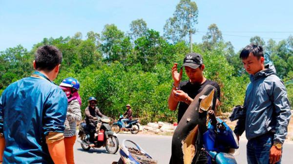 Hà Giang: Thanh niên tấn công, nhét giẻ vào mồm người yêu để cướp tài sản