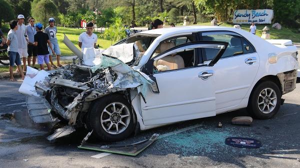 Nam tài xế nhấn ga tông bảo vệ tử vong vì bị đánh