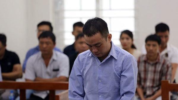 Hà Nội: Bố mẹ vợ khóc xin tòa nhẹ tay với chàng rể g.iết con gái