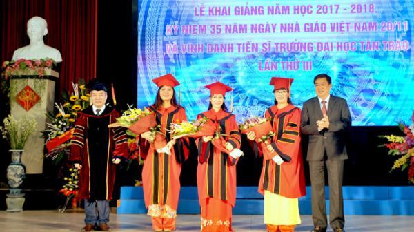 Tuyên Quang: Trường Đại học Tân Trào khai giảng năm học mới và vinh danh tiến sỹ