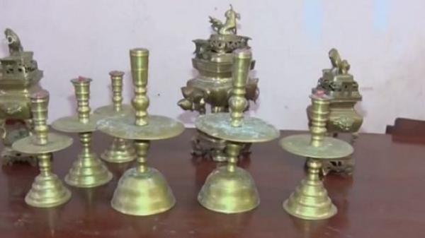 Vĩnh Long: Bắt các đối tượng trộm lư đồng ở đình thần