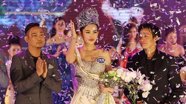Lê Âu Ngân Anh bị tước vương miện Hoa hậu Đại Dương?