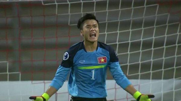 Nét tướng trời phú của Bùi Tiến Dũng: Thủ môn U23 Việt Nam khiến chị em 'chết mê chết mệt'