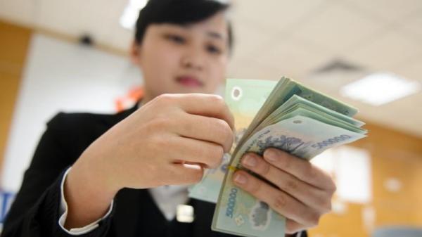 Nhân viên ngân hàng thu nhập từ 10 đến 30 triệu đồng mỗi tháng vẫn nghỉ việc rất nhiều