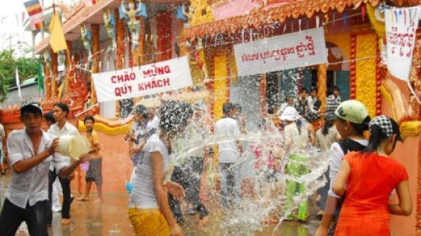 Học sinh dân tộc Khmer được nghỉ Tết Chôl Chnăm Thmây bao nhiêu ngày?