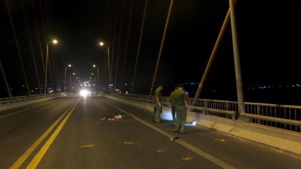 Truy tìm ô tô đâm xe máy mang BKS Vĩnh Long khiến đôi nam nữ chết thảm rồi bỏ trốn