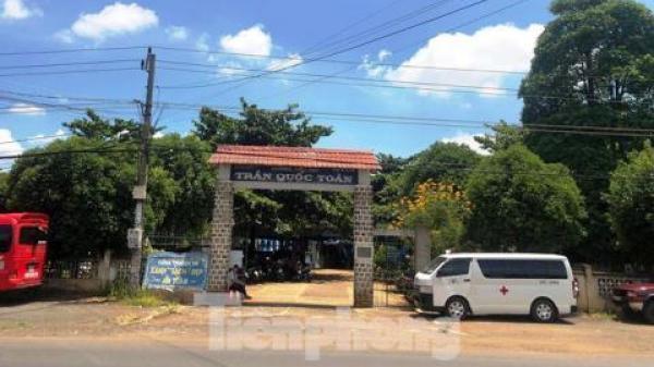 Xe cứu thương chở cán bộ ở Đắk Lắk đi...ăn cưới: GĐ Sở nhận lỗi