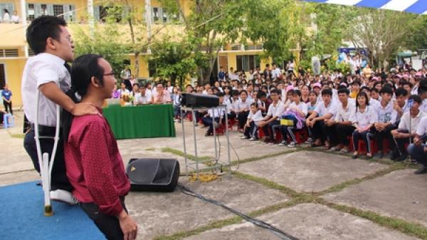 """Vĩnh Long: Tổ chức chương trình """"Đánh thức khát vọng"""" tại Trường THPT Nguyễn Thông"""