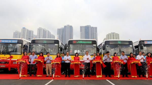 Transerco mở 2 tuyến buýt nối trung tâm TP đến các huyện