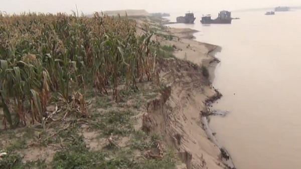 """Vĩnh Phúc: Uỷ ban Trung ương MTTQ Việt Nam có văn bản đề nghị tỉnh vào cuộc xử lý """"cát tặc"""""""