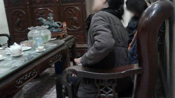 """Vụ thầy giáo dâm ô 9 học sinh tiểu học: Bà nội đau đớn kể lại """"Cháu tôi kể bị xâm hại nửa năm nay rồi"""""""