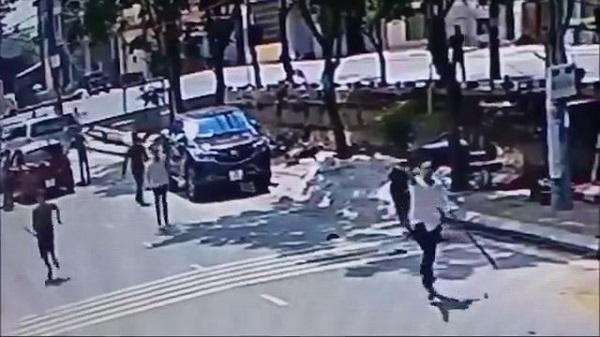 Nóng: Clip côn đồ về làng nổ súng, truy đuổi như phim hành động
