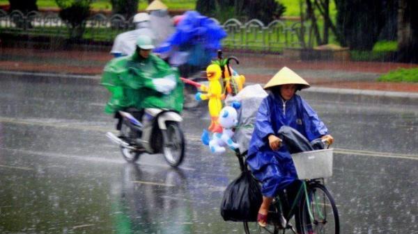 Chấm dứt nắng nóng, miền Bắc mưa giông kéo dài đến hết tuần