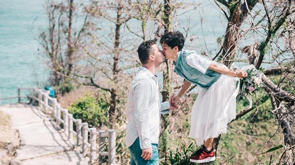 Đám cưới bí mật trước khi tổ chức ở Bắc Ninh của cặp yêu xa 909 ngày