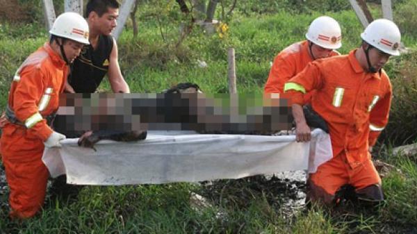 Lạ: Sét đánh liên tiếp dù trời nắng, 2 người thương vong