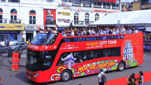 Lịch trình chi tiết xe bus 2 tầng chạy quanh các con phố lãng mạn ở Hà Nội