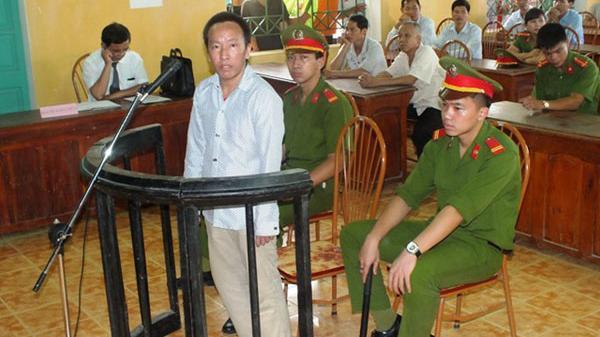 Tuyên Quang: Lộ án chú họ từ câu chuyện tâm sự với bạn tù