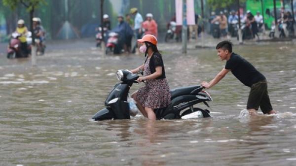 Bão số 6 mạnh cấp 13-15 gây mưa lớn cho miền Bắc