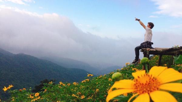 Không phải đi đâu xa, ngay Vĩnh Phúc cũng có một đồi hoa dã quỳ vạn người mê, chờ đợi gì nữa cuối tuần này đi check in ngay thôi