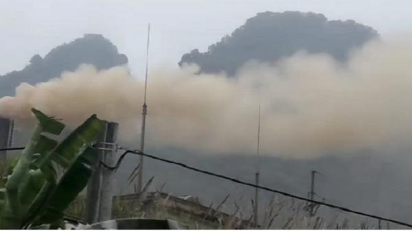 """Nhà máy xi măng nổi tiếng ở Tuyên Quang xả """"trộm"""" khói bụi gây ô nhiễm môi trường ảnh hưởng nghiêm trọng đến người dân?"""