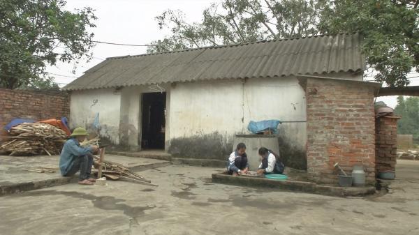 Vĩnh Phúc: Cuộc sống bươn chải của người mẹ nghèo và ba đứa con mồ côi cha