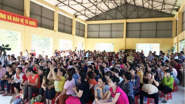 """Thực phẩm bẩn """"tuồn"""" vào trường tiểu học ở Vĩnh Phúc: Bất ngờ với bản kết luận của đội Quản lý thị trường"""