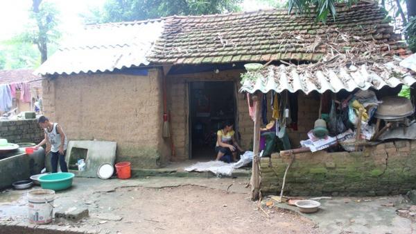 Vĩnh Phúc: Cuộc sống cơ cực của 3 mẹ con nghèo trong ngôi nhà đất lụp xụp khiến người ta quặn lòng