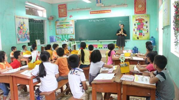 """Ngưỡng mộ thành tích """"khủng"""" của cô giáo tiếng Anh tài năng tại Vĩnh Phúc"""