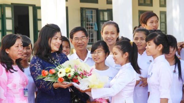 Nhà giáo Việt Nam: Đây chính là 8 món quà ý nghĩa nhất dành tặng thầy cô giáo nhân ngày 20/11