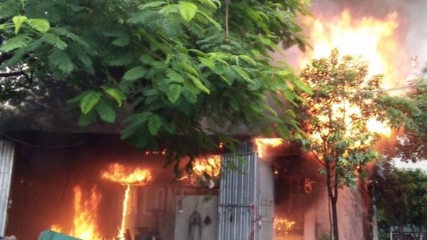 Vĩnh Phúc: Kinh hoàng vụ cháy kho hàng ở Chấn Hưng (Vĩnh Tường)