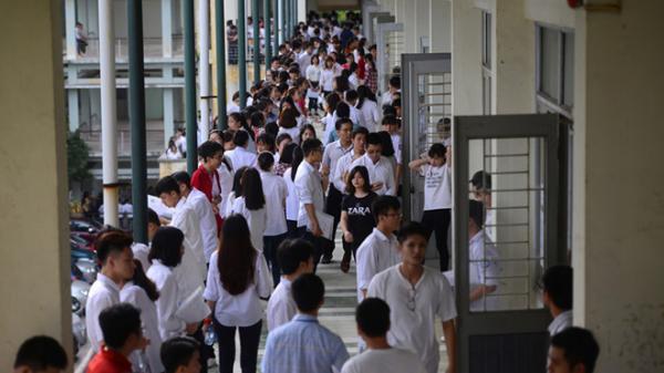 Hàng nghìn sinh viên bị đuổi học: Chương trình chán, lên lớp để ngủ
