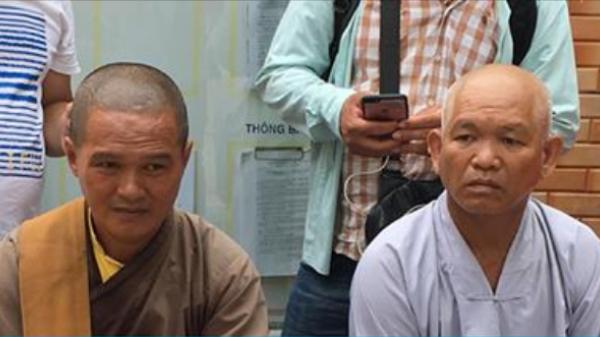 Làm giả giấy chứng minh nhà sư của một ngôi chùa ở tỉnh Bà Rịa - Vũng Tàu để nhận tiền quyên góp