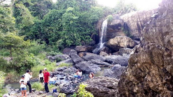 Hấp dẫn điểm đến thác H'Ly tại Phú Yên