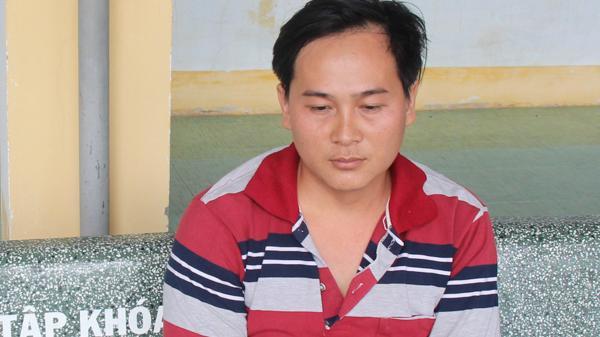Ninh Thuận: Bắt giữ đối tượng sản xuất, tàng trữ thuốc lá lậu