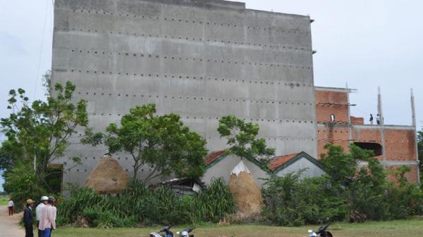 Xã Hòa Trị, huyện Phú Hòa: Cưỡng chế tháo dỡ công trình lấn chiếm đất